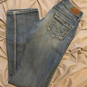 Buckle jeans
